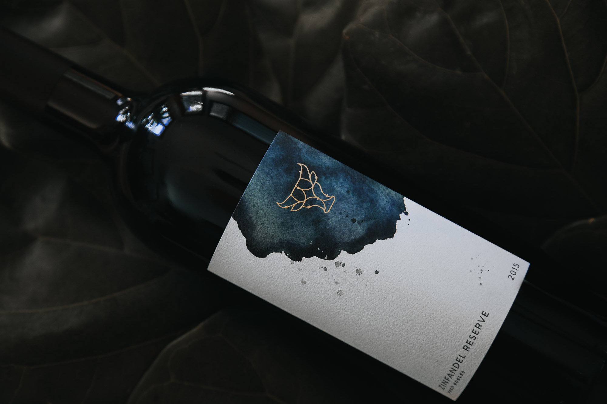 Wine Label Design for Seven Oxen Zinfandel Reserve in Paso Robles California by Amarie Design Co.